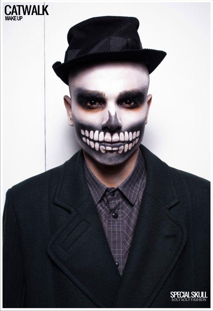 Skully make-up.