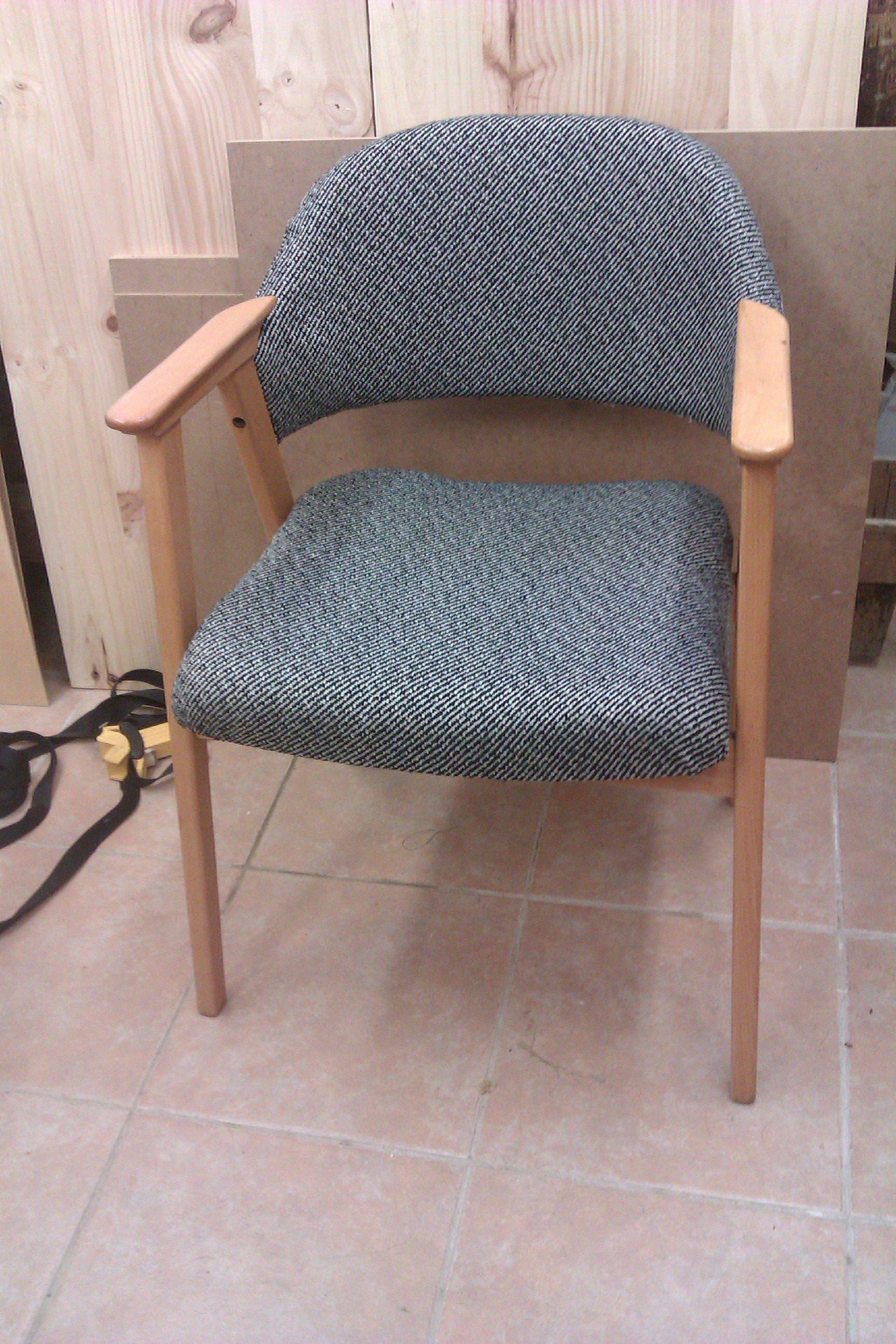 silla danesa restaurada