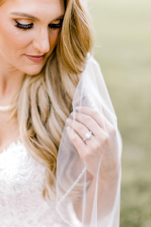 summer bridal portraits | bridal portrait ideas | bridal portrait poses | dallas wedding photographer