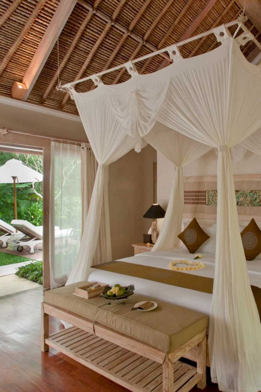 romantic shabby chic bedroom decorating ideas 37 on romantic trend master bedroom ideas id=92397