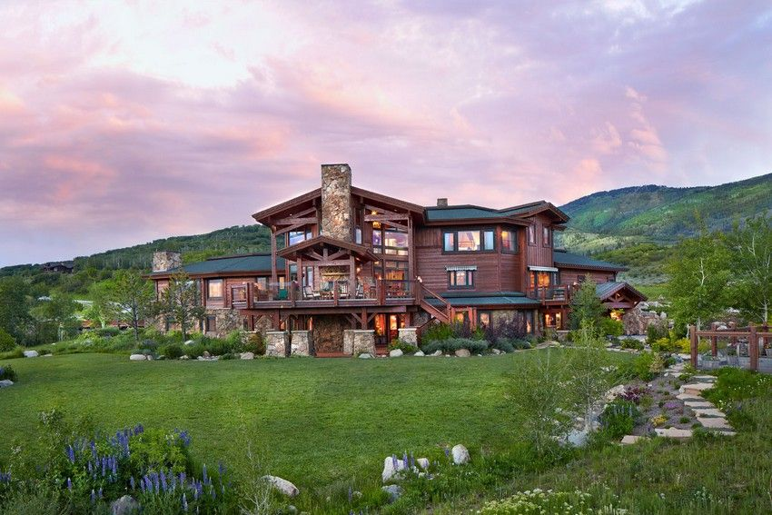 Welcoming Ranch Style Residence In Colorado Delivering Perfect Mountain  Views (via Bloglovin.com