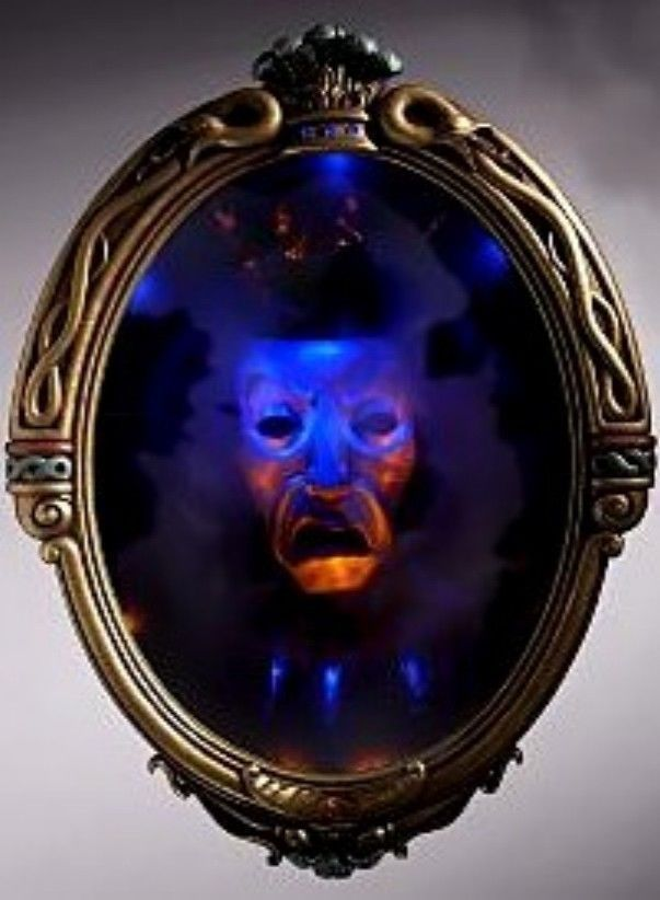 Disney Evil Queen Magic Mirror On The Wall Snow White With Big Slave