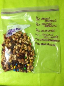 Best Trail Mix Recipe Ever :) You're welcome #trailmix #hiking #nuts #driedfruit