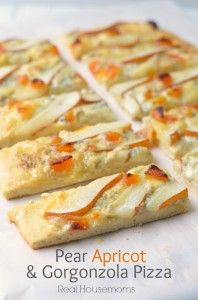 Pear Aprico gorgonzola Pizza | Real Housemoms_2