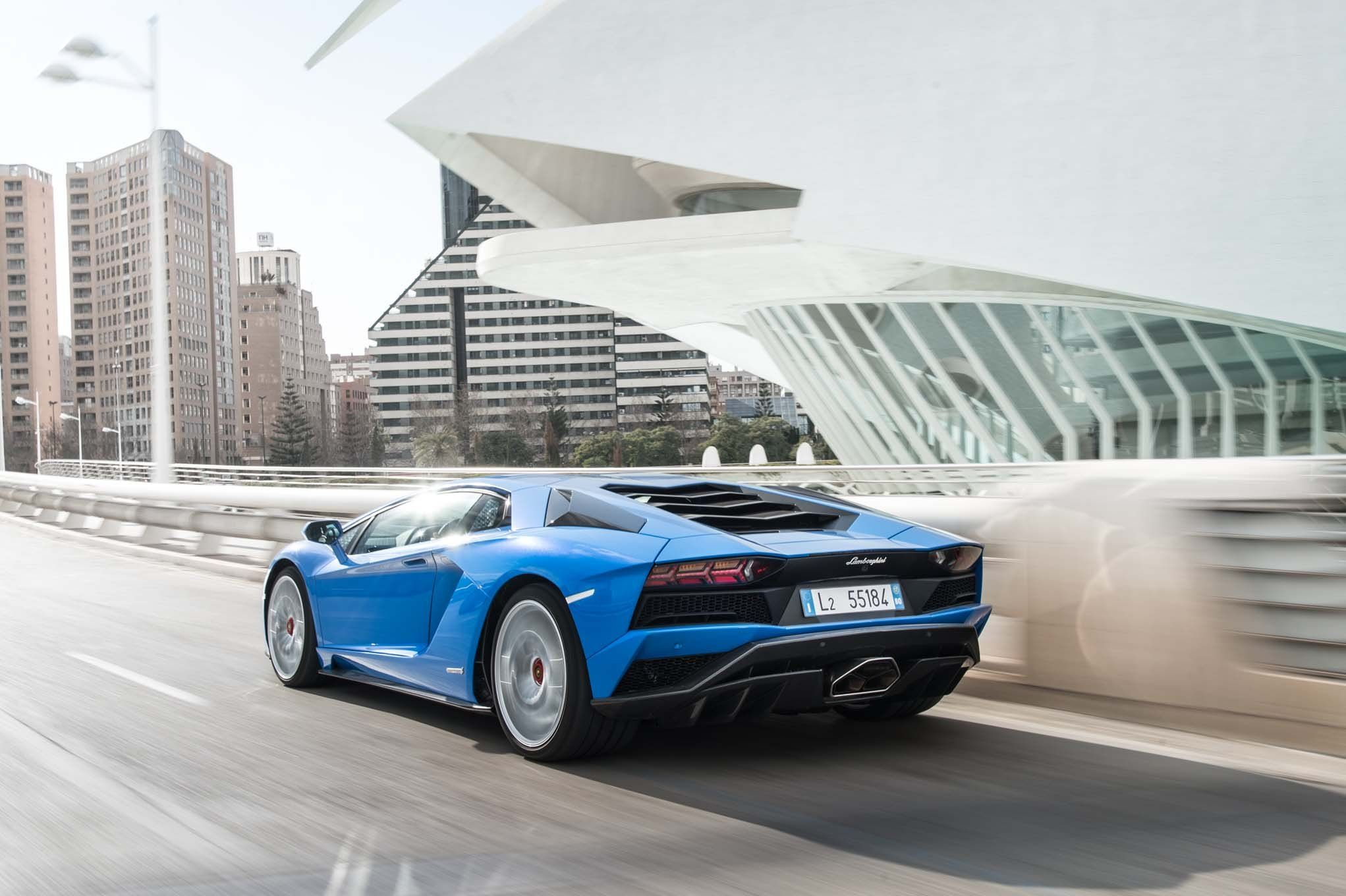 The Tragedy Of Supercars Stuck In The City Super Cars Auto Body Shop Auto Body Repair