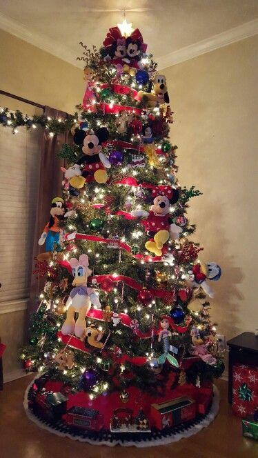 Disney Theme Christmas Tree 2015   Disney christmas tree ...