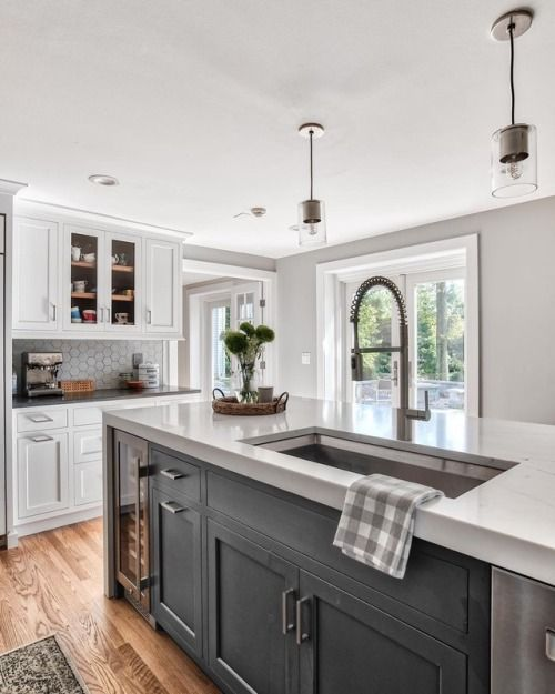 Dark Gray...close To Black Island. Kitchen Inspiration