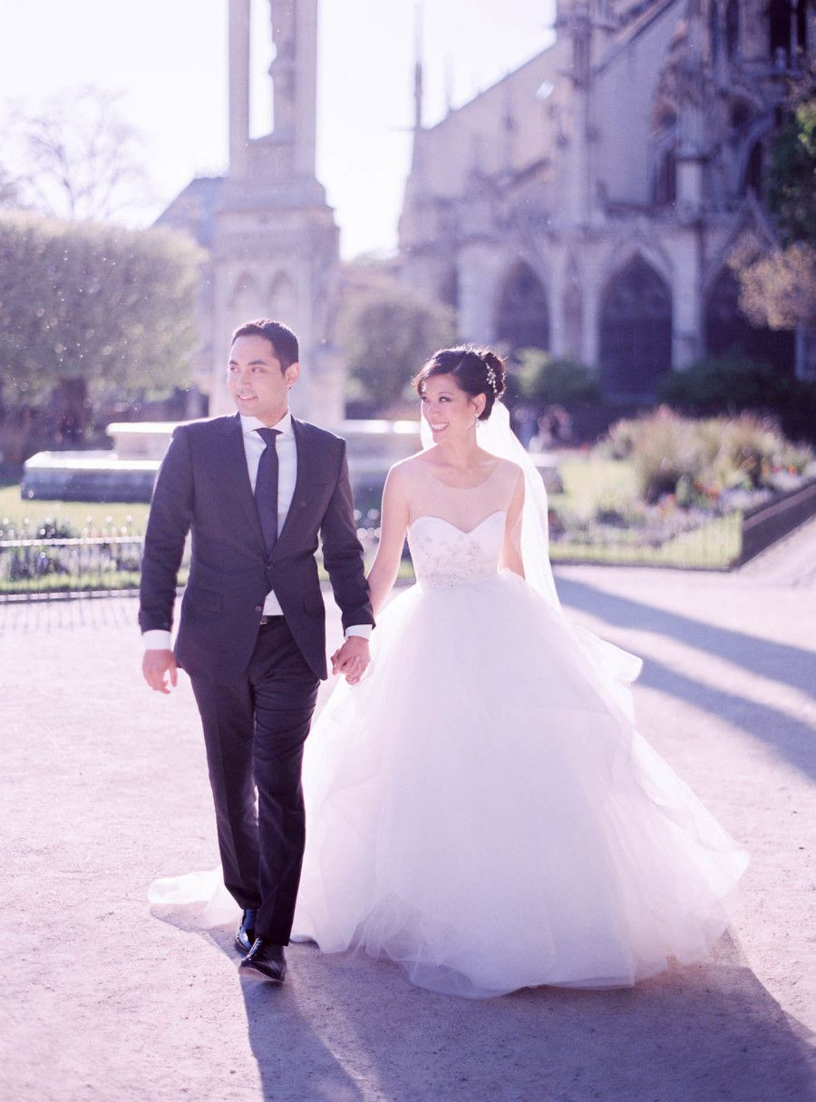 Photography : Le Secret dAudrey Read More on SMP: http://www.stylemepretty.com/destination-weddings/france-weddings/2016/06/10/this-paris-wedding-will-make-you-believe-in-love-at-first-sight/