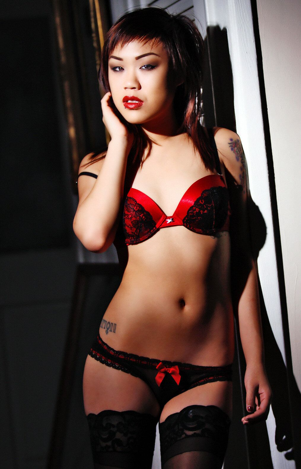 Minnie Scarlet nude 470