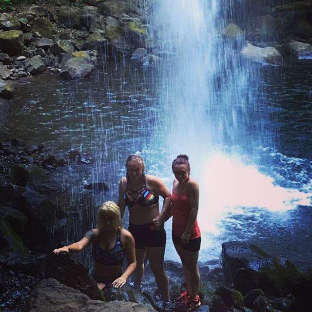 #columbiarivergorge#summer2016#oregondiscovered#pnw#family#hikingadventures#takemeback#exploreoregon#discoveroregon#swimmingtime#oneontagorg#pnwexplorations#pnwdiscovered#greatoutdoors#hiking#swimming#summer2016#cold#family#pnwisbeautiful#waterfalls#oneontagorge#nature#hikeoregonfalls#oregonnw#bestoforegon#photoofday#instaphoto#oregonexplored#exploreoregon#takemeback#adventure#columbiarivergorge#oregon#stayandwander#waterfalls