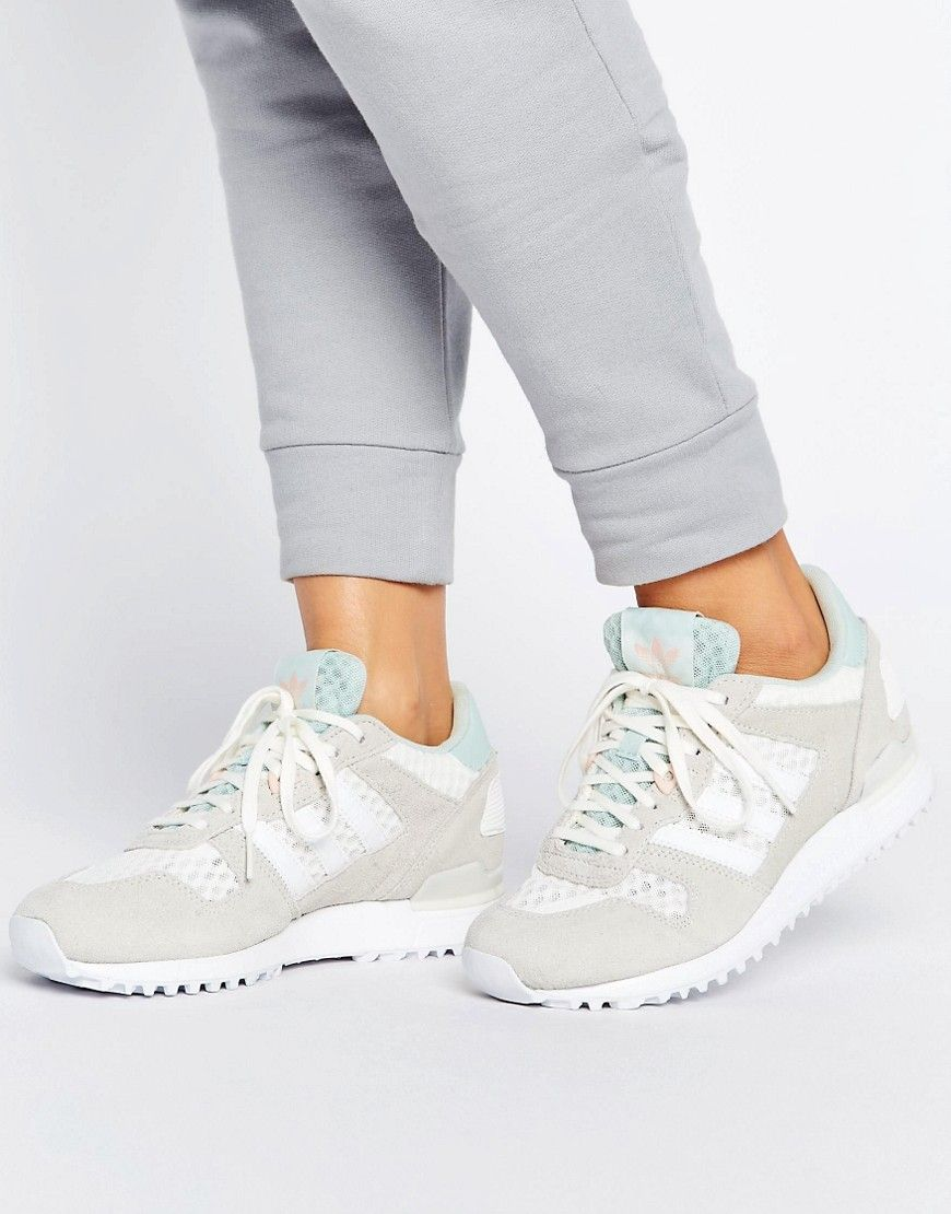 designer fashion 111c3 bc0be adidas ZX700W Sneakers - White
