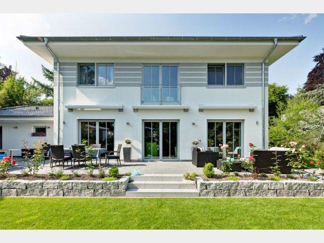 Haus Des Monats Von Luxhaus Gmbh Co Kg Walmdach 208 Gesehen Auf