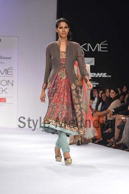 Nandita and Anuradha Thirani at Lakme Fashion Week Winter Festive 2012
