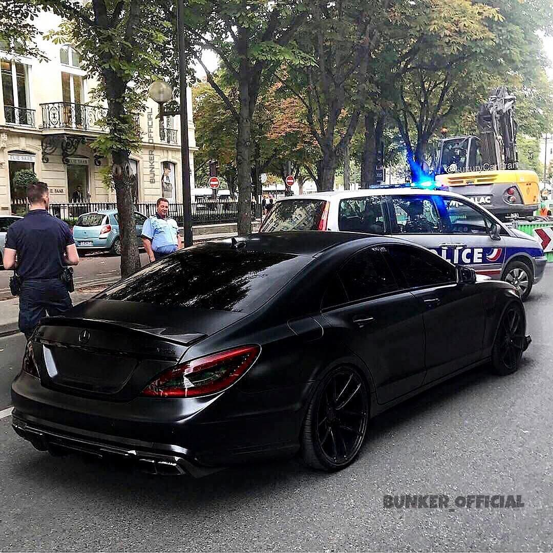 Cls 63 Or Ocenite Chyornogo Via Smotraru Bunker Mercedes Cls Mercedesrus Mercedesbenz Amg55 Elite Mercedes Benz Cls Mercedes Benz Cls Amg Cls 63 Amg