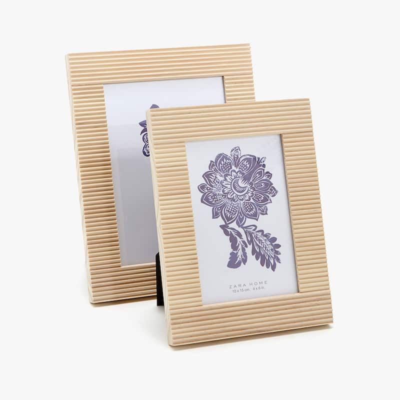 fa7d5cf69eac RAISED LINES WOODEN FRAME - See all - PHOTO FRAMES - DECOR