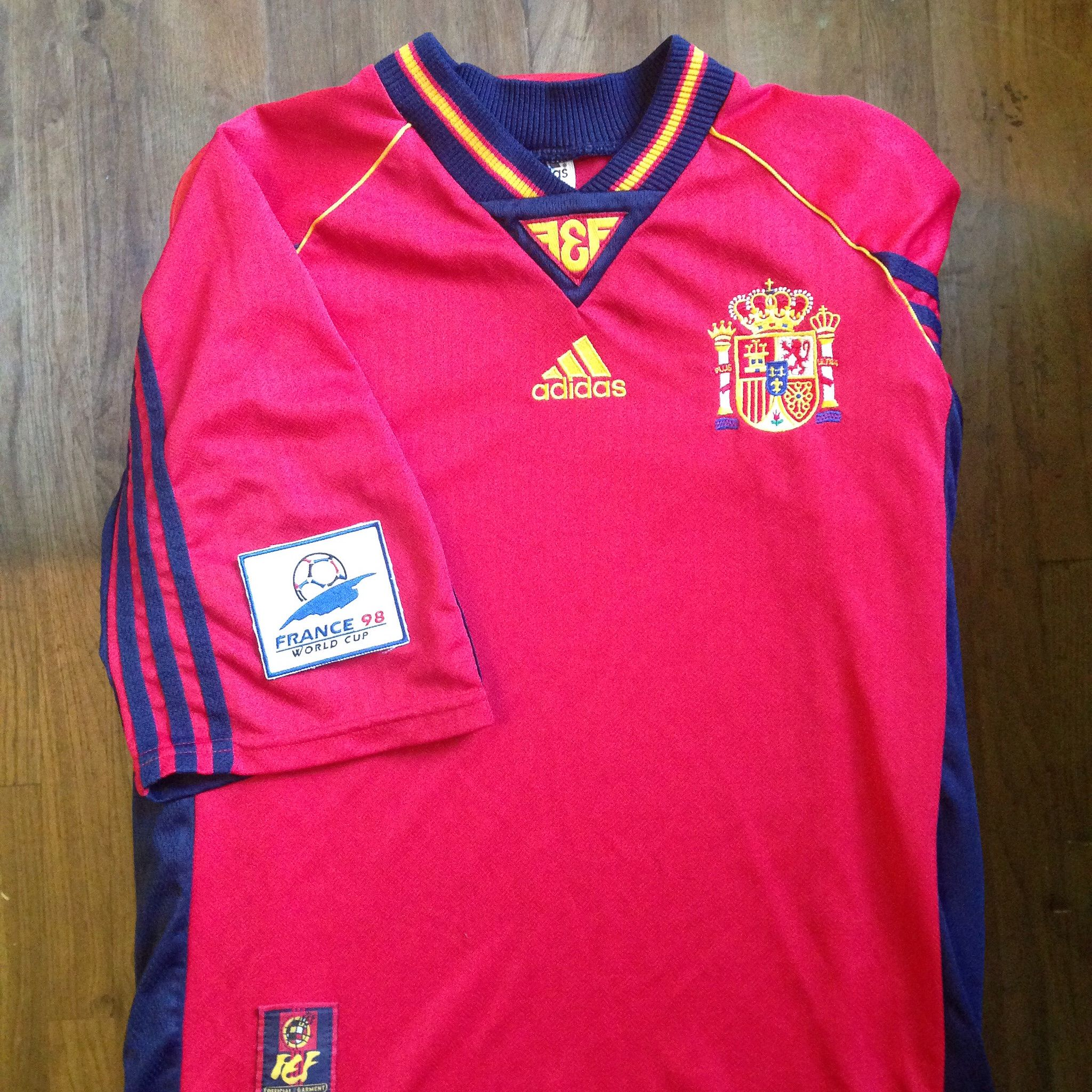 half off 1e048 7e3c8 Pin on Spain Home Jersey Collection