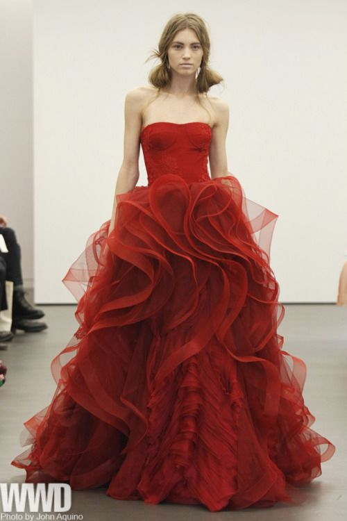 Red gown by Vera Wang -- red dresses becoming more popular, in part caused by demand in China.   jαɢlαdy