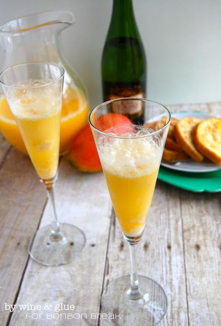 This drink has it all. Deliciously sweet mango ice cream that has been skinnified so you can feel great about having two (or if it's on Mother's Day, twenty). Then it's filled up nicely with sweet orange juice and champagne. Perfection. Go ahead and havejustthis for brunch. I won't tell.