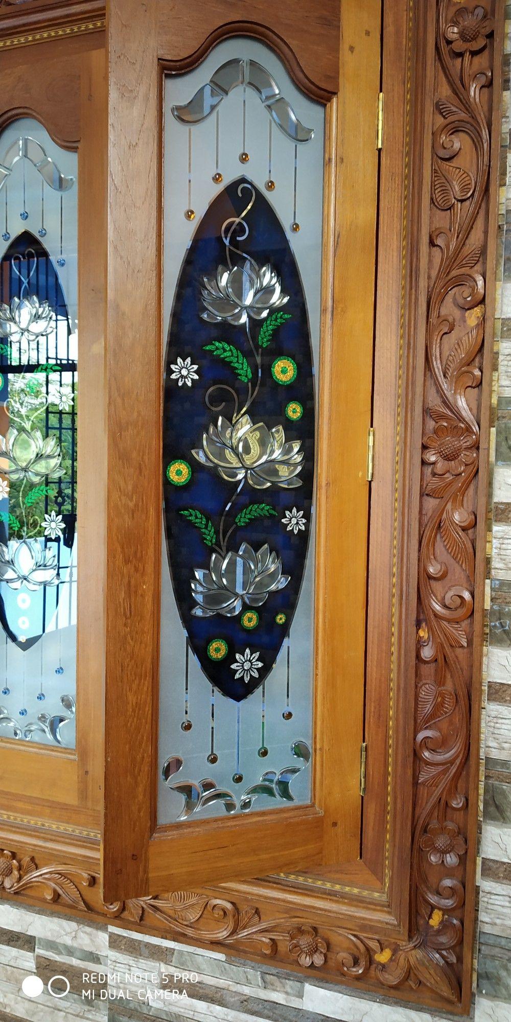 Pin By Raad22sak Taad22sak بلات عرايس On Glass Art A V M Door Glass Design Glass Painting Designs Wooden Door Design