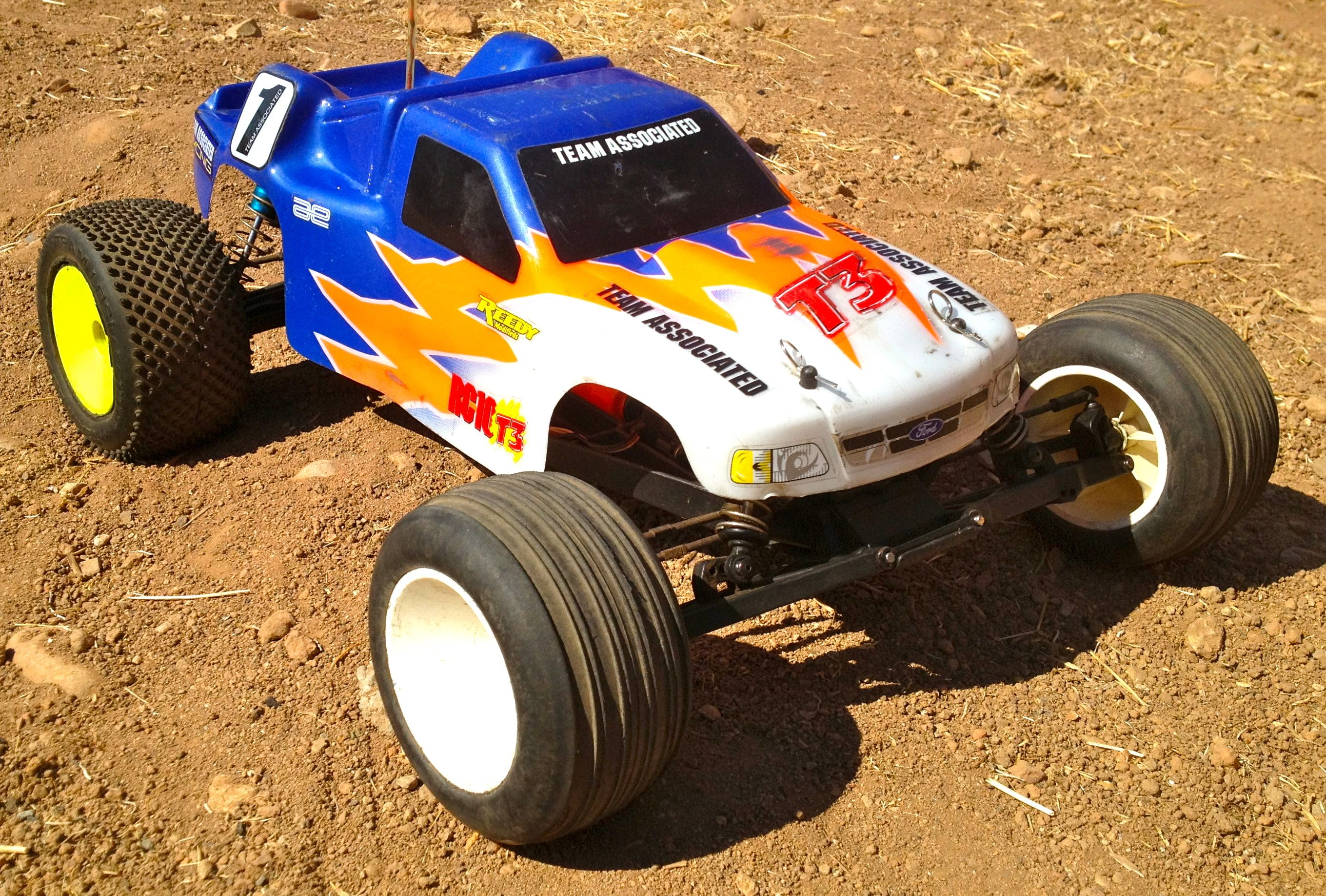 R C Car Buggy Truck 1 10 Team Associated RC10T3 Race Tekin Losi HPI
