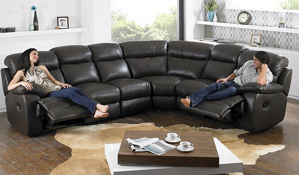 7 modern l shaped sofa designs for your living room for Family sofa sets