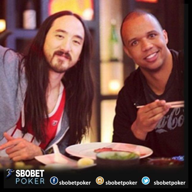 @philivey celebrate birthday dinner with @steveaoki #Sbobetpoker #Lifestyle