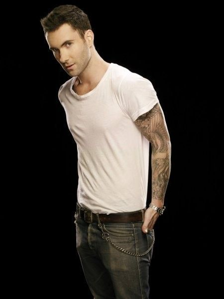 Adam Lavine <3 White t-shirt and jeans.. Sexy!