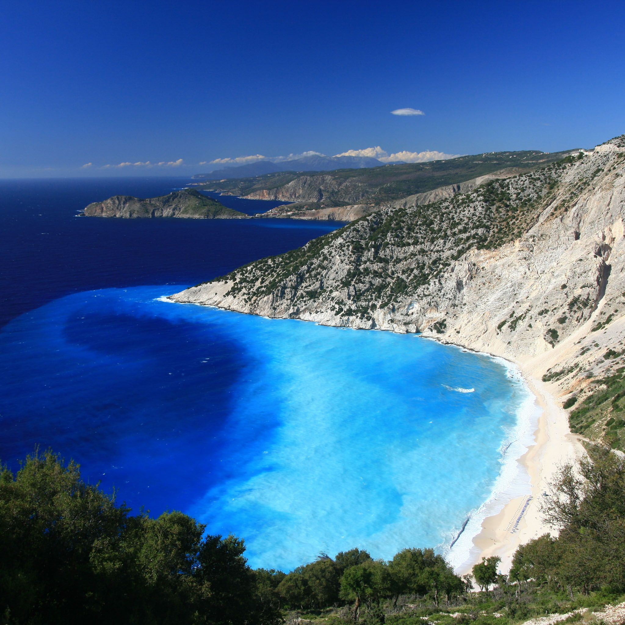 Myrtos Beach, Greece / HD iPad Wallpapers Amazing travel