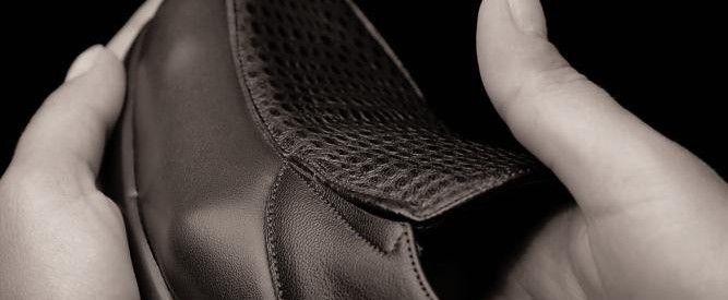 Calzado elástico para personas con pie diabético.