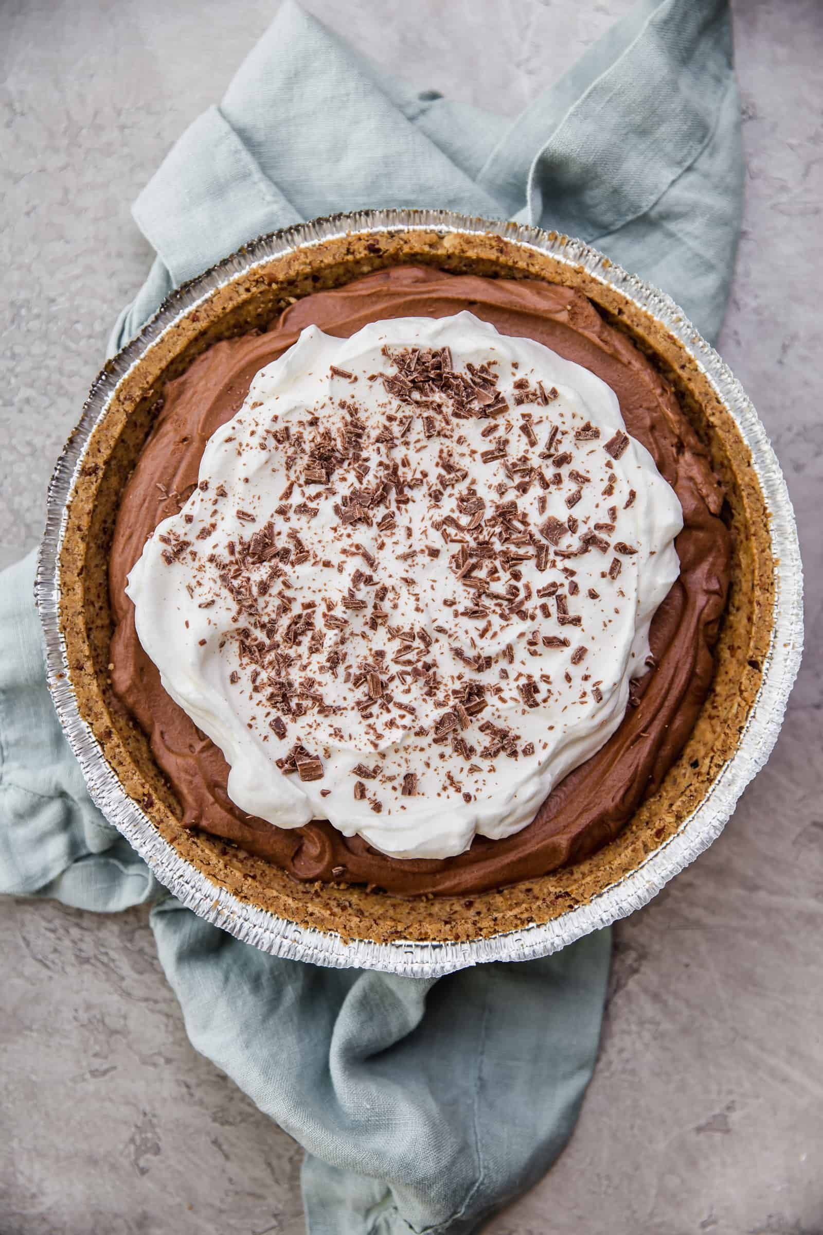 easy no-bake chocolate mousse pie! this one is foolproof!