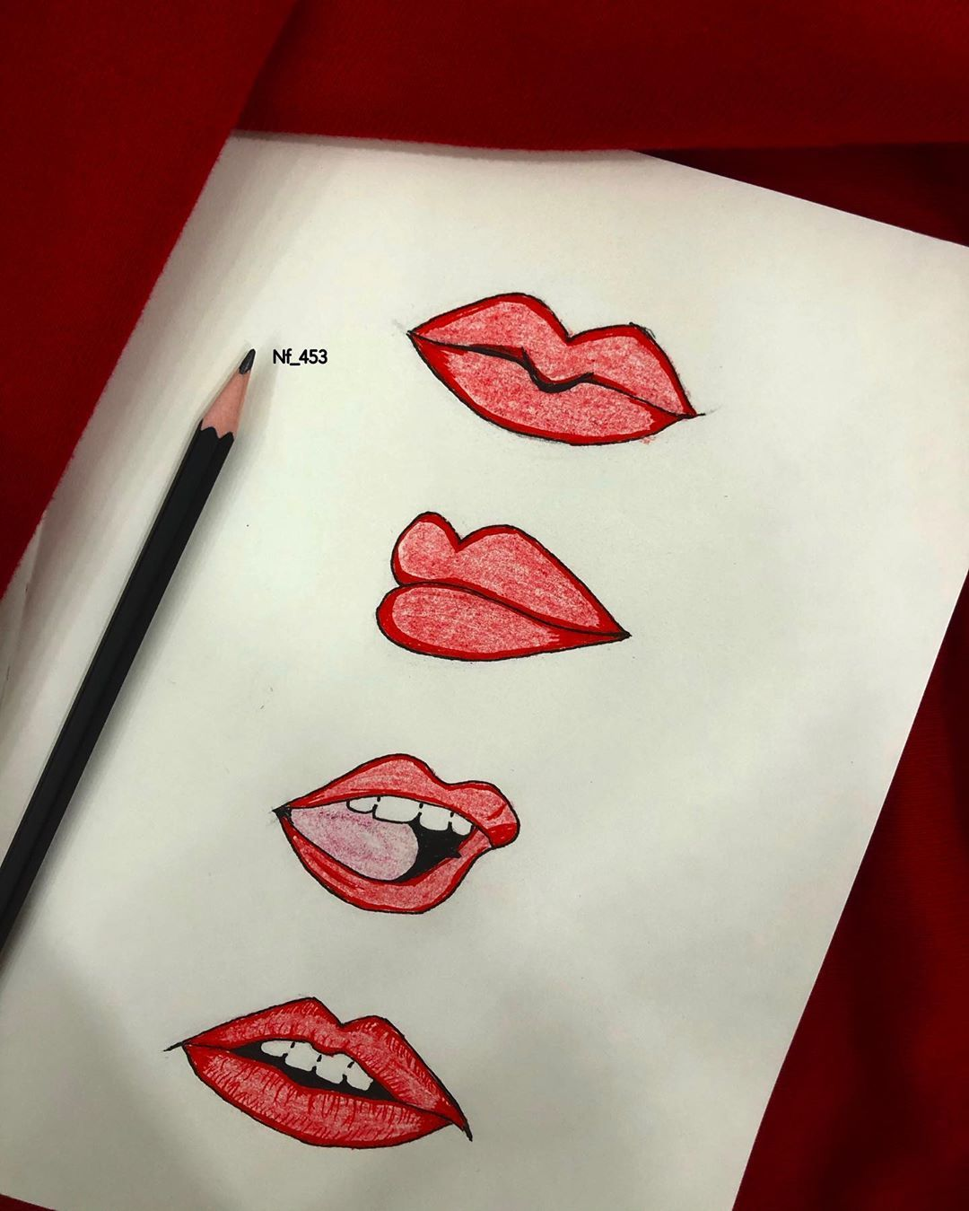 رسم رسمتي رسومات رصاص فن تصويري خلفيات رسم شفايف صوره عبارات خواطر اكسبلور Explore My Dr Triangle Tattoo Lucky Girl South Film