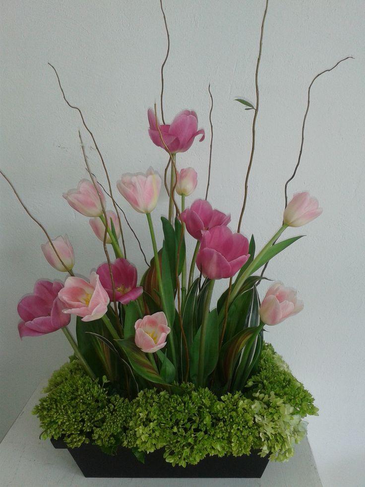 Arreglo Floral Hermosos Tulipanes Con Hortensia Arreglos