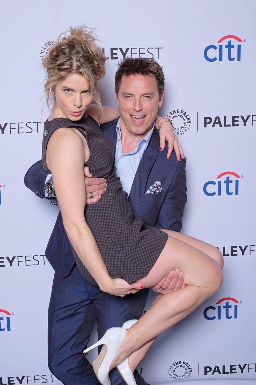 Emily Bett Rickards Legs