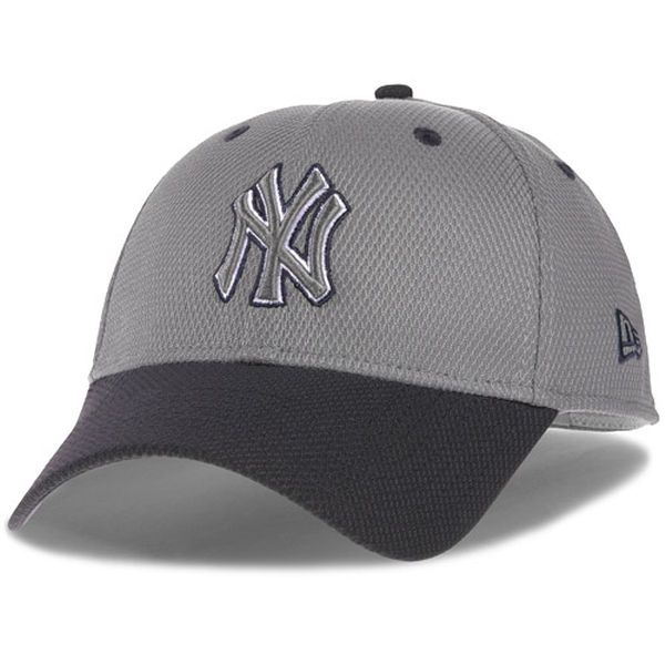 943951cc557 Men s New York Yankees New Era Gray Navy Team Addict Diamond Era 39THIRTY  Flex Hat