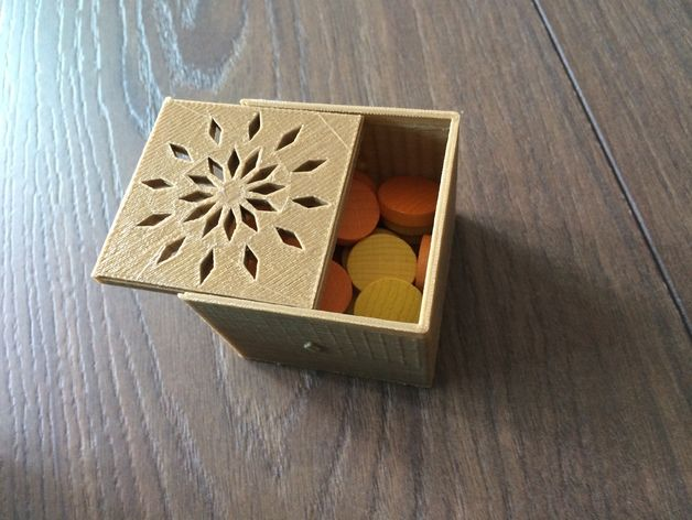 A simple box for storing tiny things, e.g. beans, coins. Just as you want, you can scale its width, height, length by your slicing software. (I use RepetierHost)