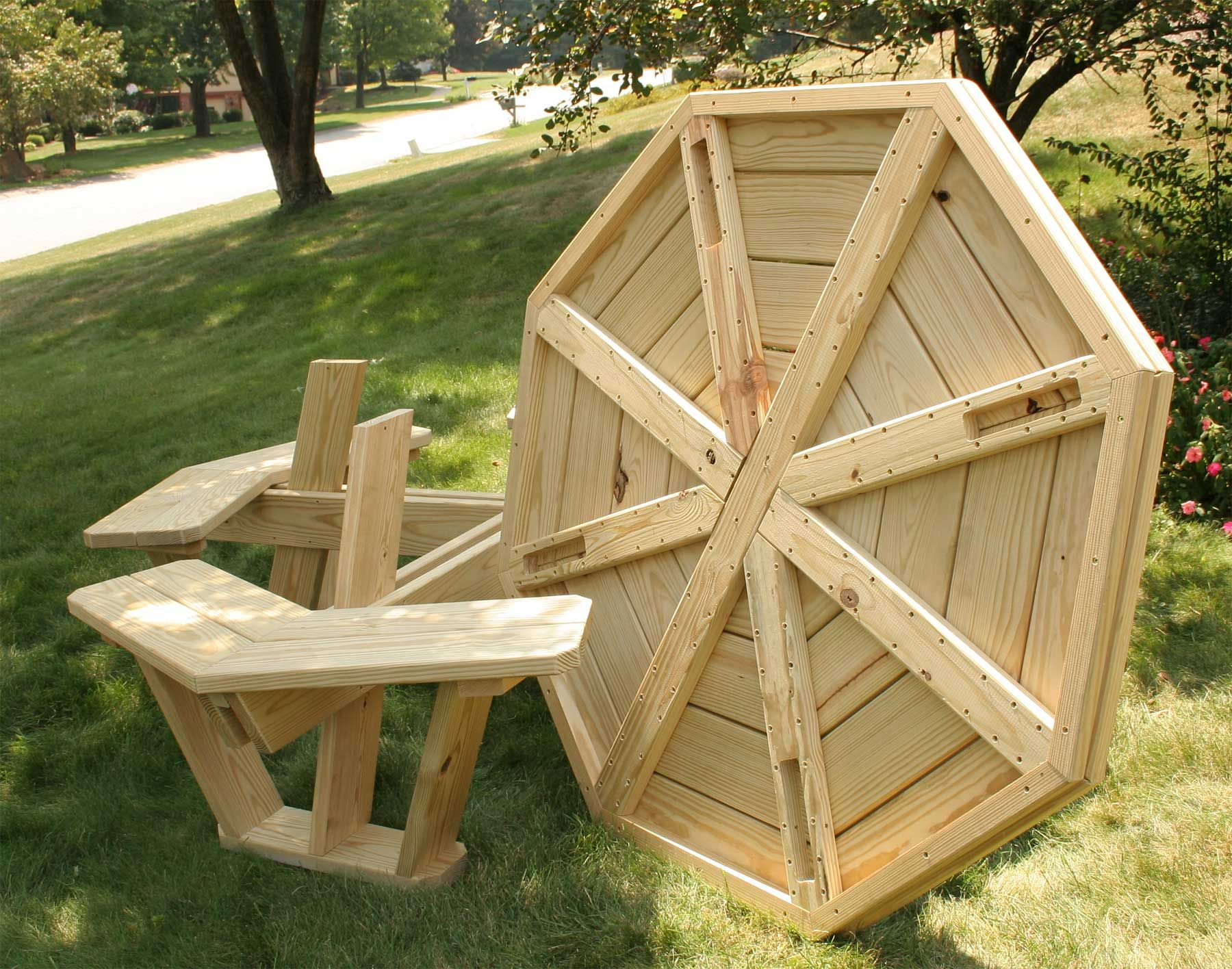 Picnic table round wooden picnic tables portable wooden picnic table - Picnic Table Plans Picnic Table Plans Use These Free Picnic Table Plans To Build A Picnic Table For Your Backyard Lots Of Outdoor Projects You Can Build In