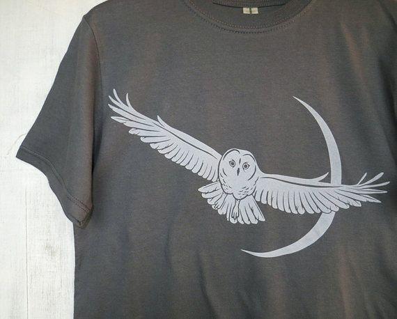Mens Graphic Tee- Organic Cotton T Shirt- Mens Gray T Shirt- Hawk Screen Printed Shirt with Pine - 100% Organic Cotton Clothing for Men IDOobFW