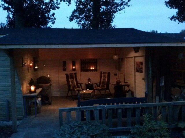 Ons paleisje in de achtertuin.