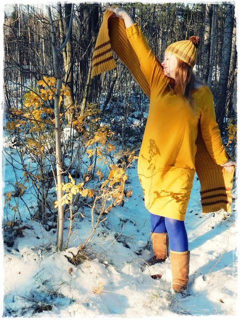 Rakastan värejä, saan niistä voimaa ja jokainen väri lääkitsee myös mieltäni voimakkaasti. Väreillä karkoitan sen kaamosväsymyksen ja talvi...