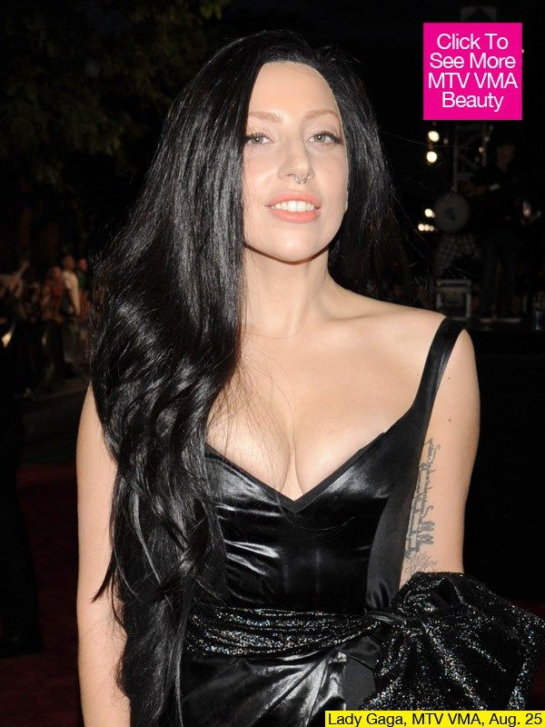 Lady Gaga S Mtv Vmas Beauty Singer Debuts New Black Hair Lady Gaga Lady Lady Gaga Pictures