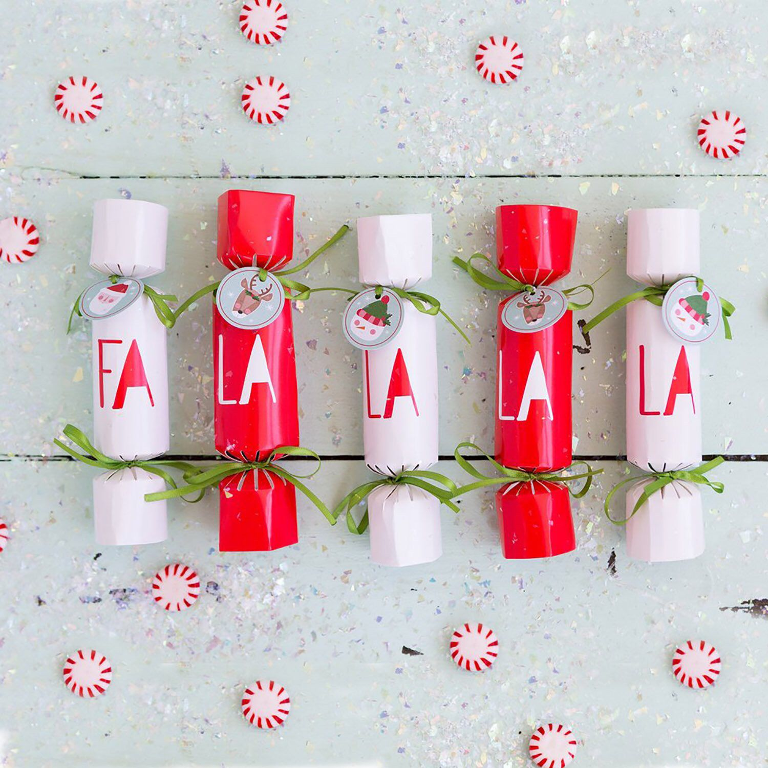 Christmas Crackers Set Of 12 Holiday Party Favors Christmas Stocking Stuffer Holiday Table Decor Christmas Party Crackers Holiday Party Favors Christmas Party Crackers Holiday Party Favors