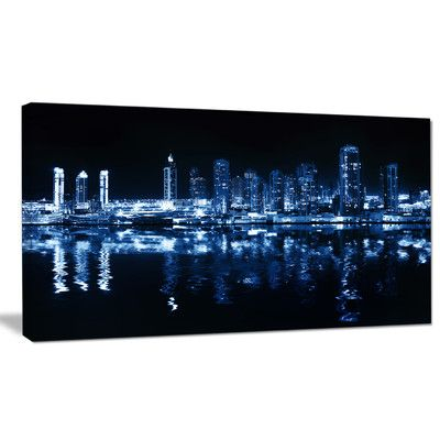 DesignArt 'Glowing City at Midnight' Photographic Print on Wrapped Canvas Size: