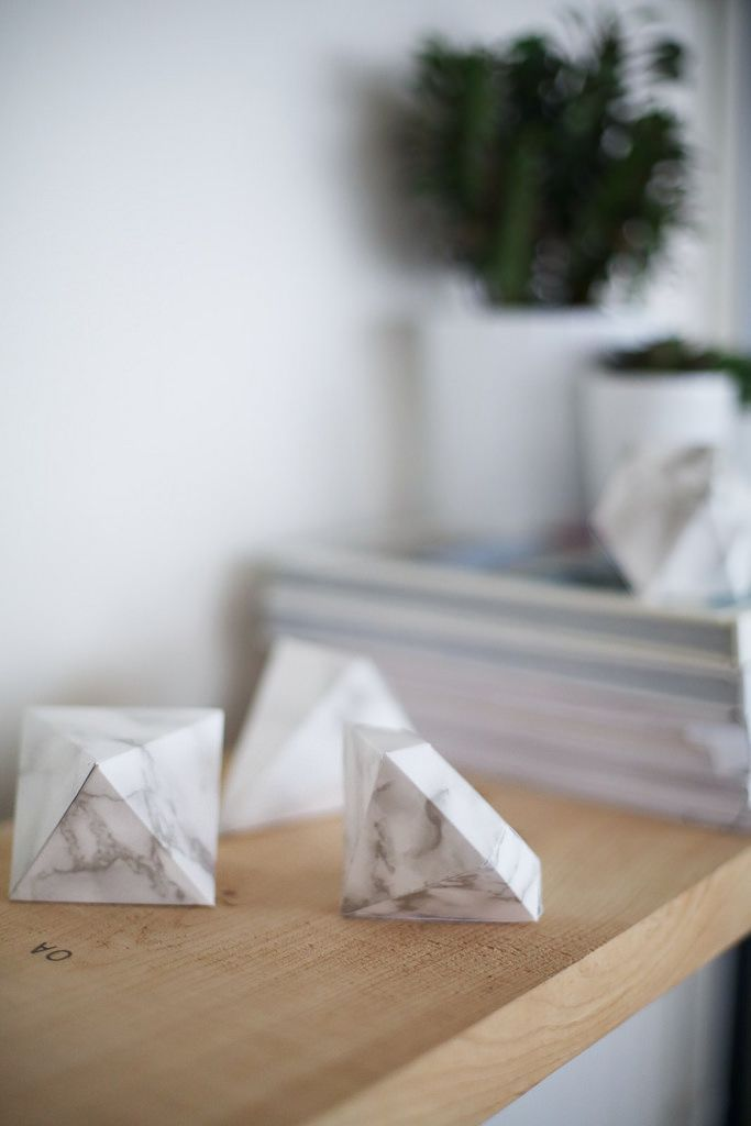 DIY MARBLE DECORATIONS (via Bloglovin.com )