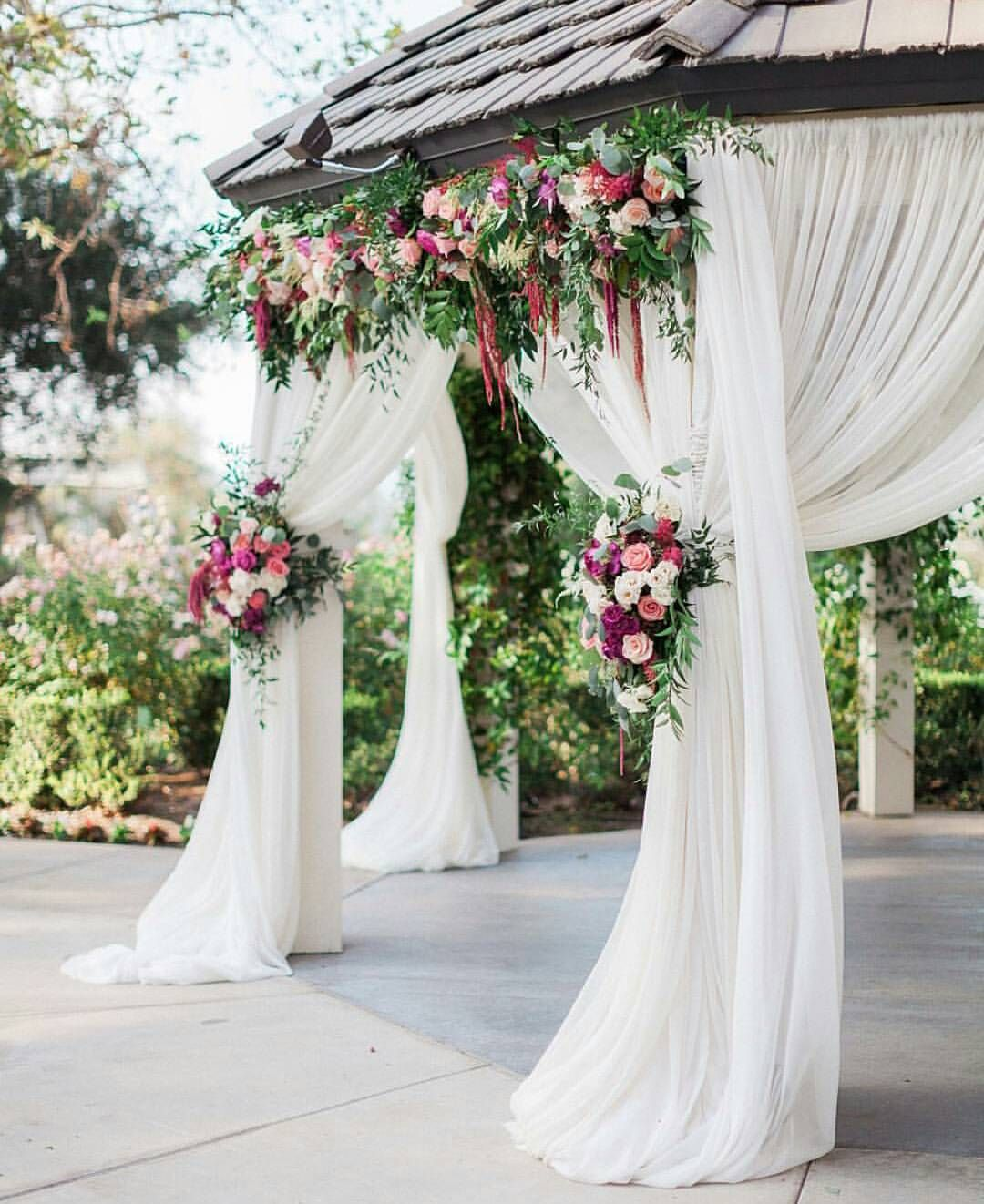 Flower Decoration Ideas For Weddings: Love The Range Of Colors Here But Would Like To See More