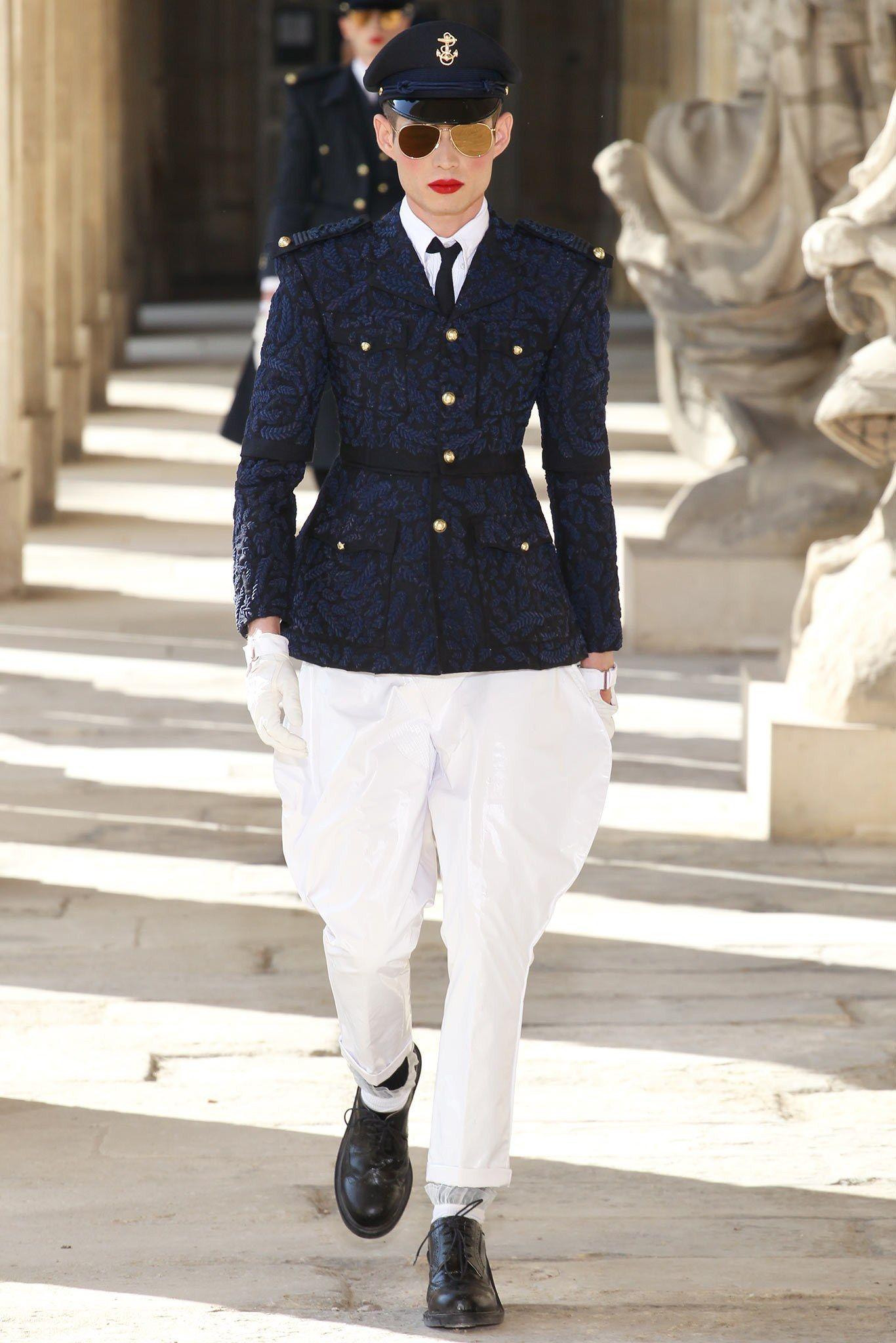 1646314ad706 Thom Browne Spring 2014 Menswear Fashion Show in 2019