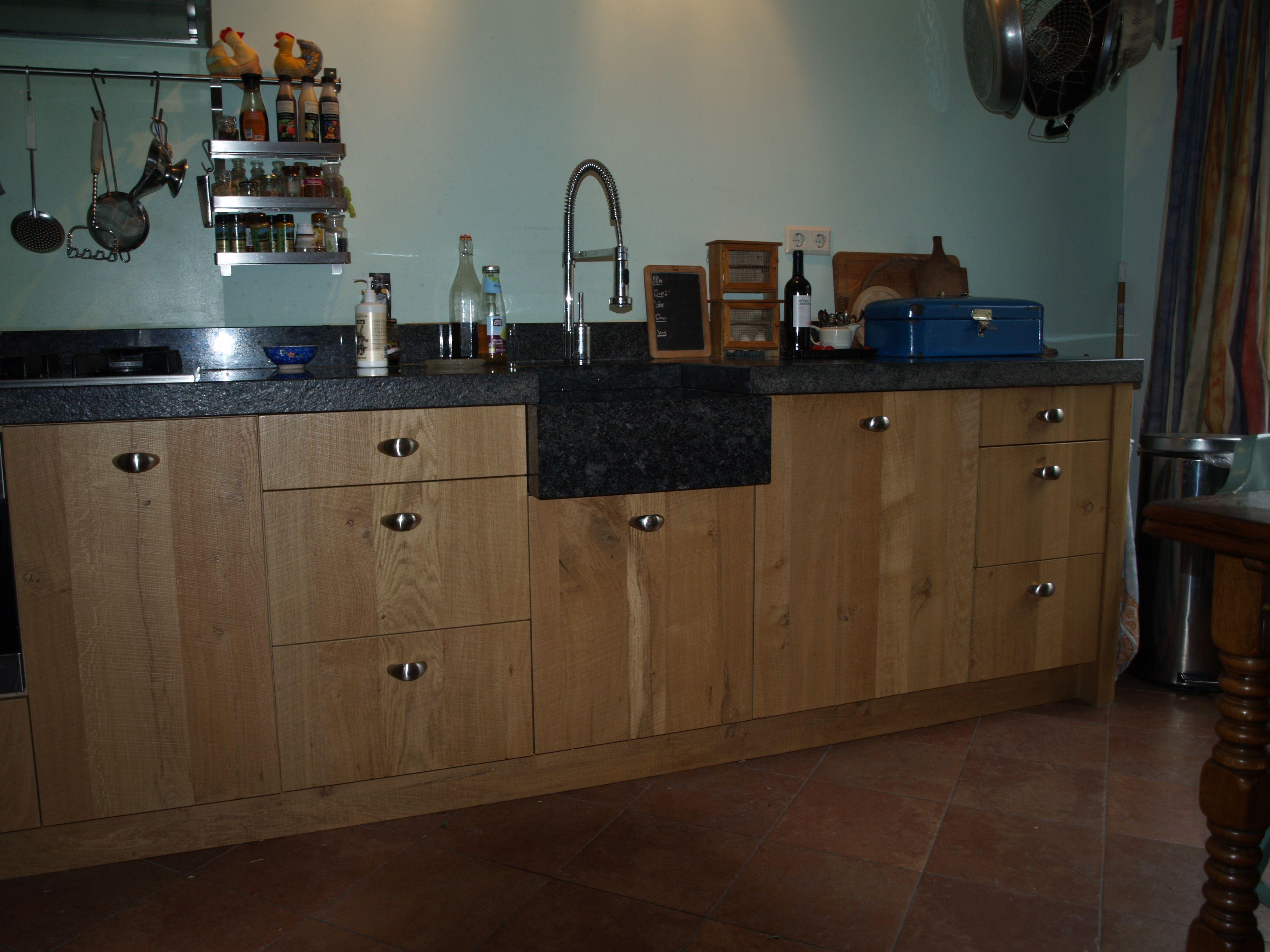 VRI interieur landelijke keuken fijn bezaagd rustiek eiken met ...
