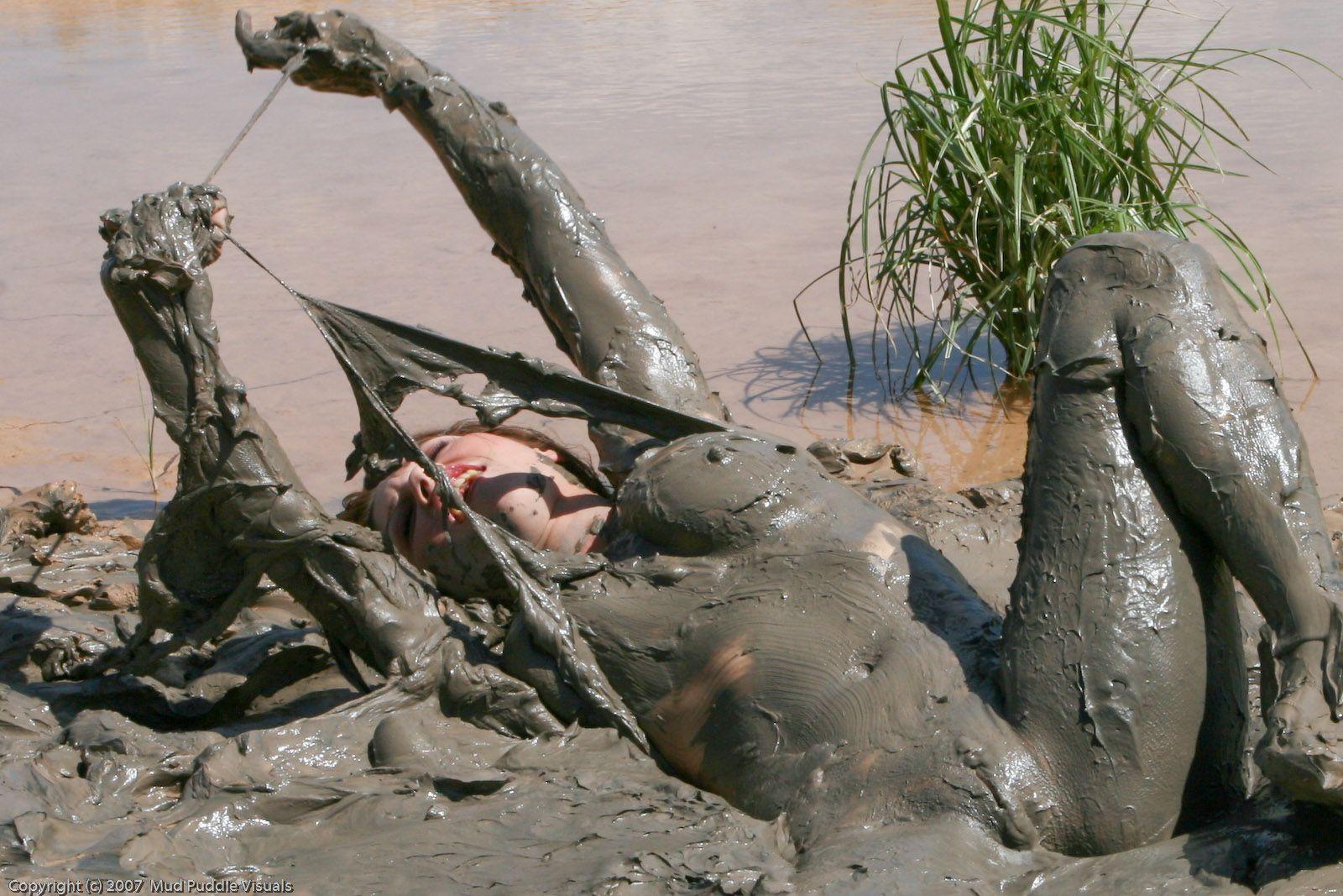 nude girls photos on mud trucks free