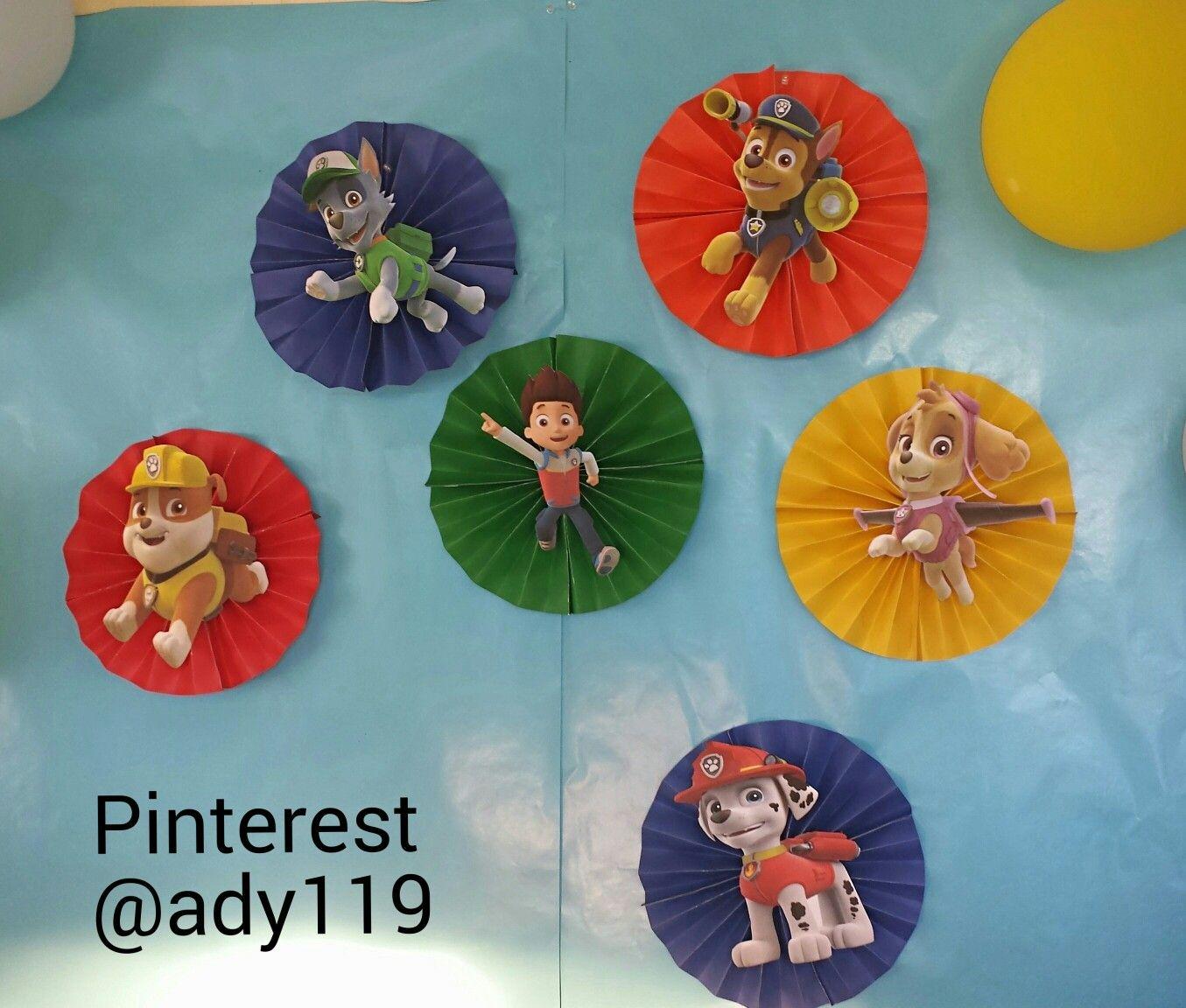 M 225 s de 1000 ideas sobre decoraciones de fiesta de safari en pinterest - Paw Patrol Backdrop Crafting Cover Paper Fans With Character Printouts On Card Stock 2