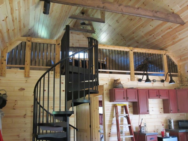 Spiral stairs 20 x 34 1 1 2 story cabin in michigan for Two story spiral staircase