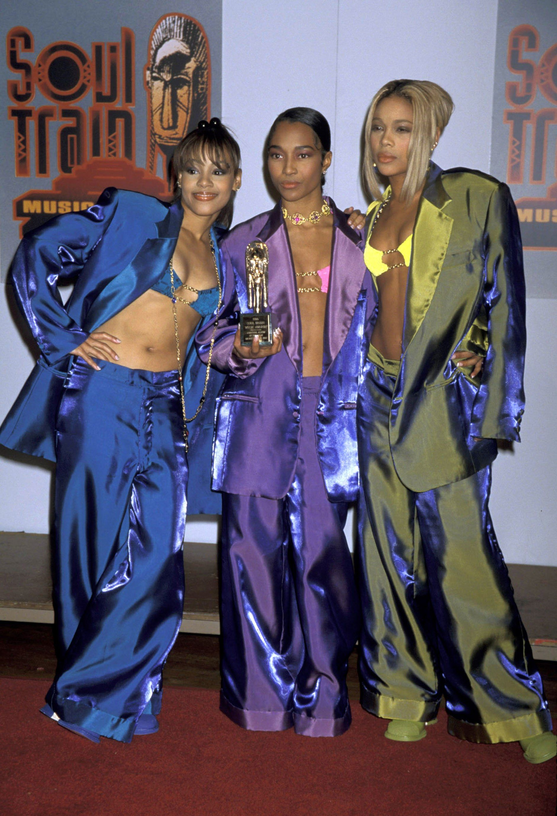 TLC Is Back! How to Dress Like the World's Coolest Girl ...